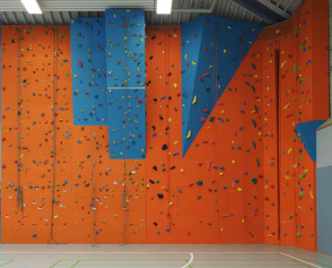Kletterausrüstung Dresden : Franticwall kletterwandbau & boulderwandbau baut ihre kletterwand